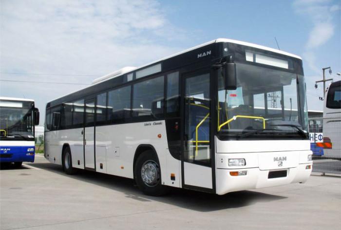 Перетяжка салонов автобусов