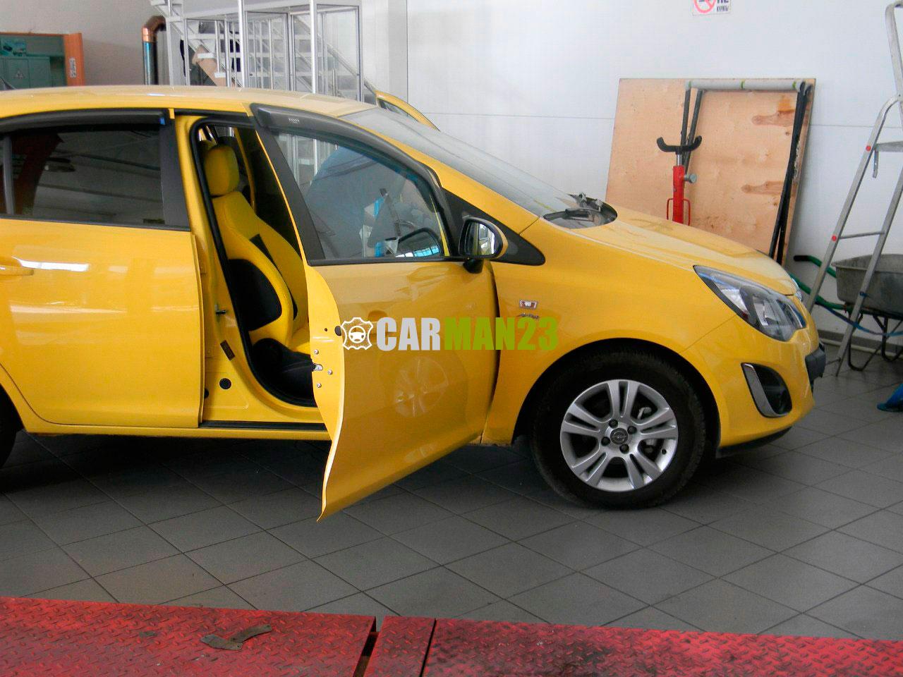 Перетяжка салона автомобиля Opel